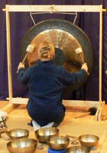 Gongi i misy tybetańskie - koncert-terapia